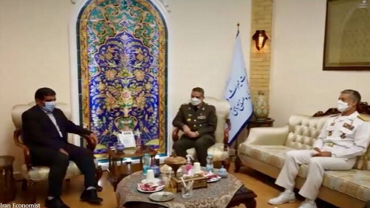 ضرغامی با فرمانده کل ارتش دیدار کرد