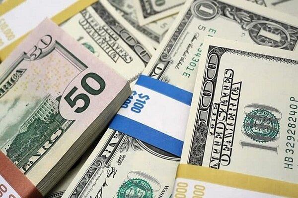 قیمت دلار ٢۴ شهریور ١۴٠٠ به ٢۶ هزار و ٧۶١ تومان رسید