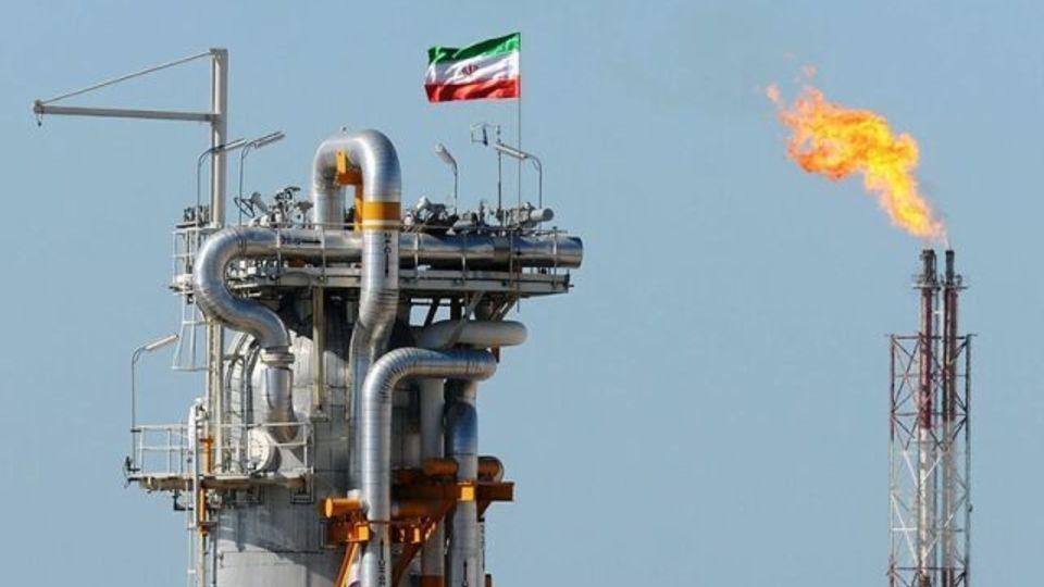 شینهوا: تحریم آمریکا علیه ایران کمکی به کاهش بحران انرژی نمیکند