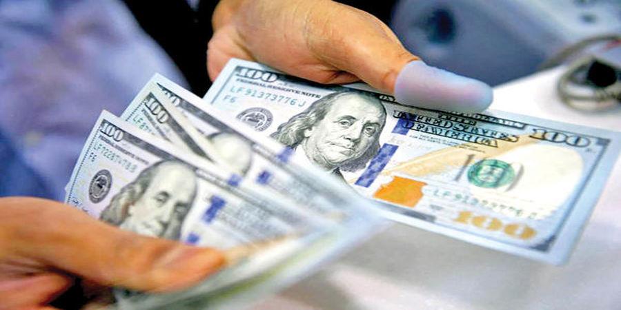 افت و خیز دلار در روزی که گذشت