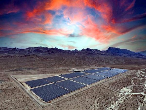 10 مگاوات نیروگاه جدید خورشیدی فردا وارد مدار میشود/ چالش فعالان صنعت نیروگاهی با توقف خرید تضمینی برق/ 200 میلیارد تومان طلبکاریم