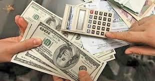 ارز بازار آزاد طبقه متوسط را هم فقیر کرد/ کارت اعتباری؛ روزنه جدید برای فربه تر شدن رانت خواران