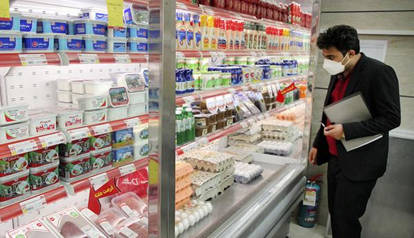 وزارت کشاورزی سرانه مصرف لبنیات را اعلام نمیکند/ والدین هیچ اعتراضی به حذف شیر مدارس نکردند/ لبنیات از سفرههای مردم پر کشید
