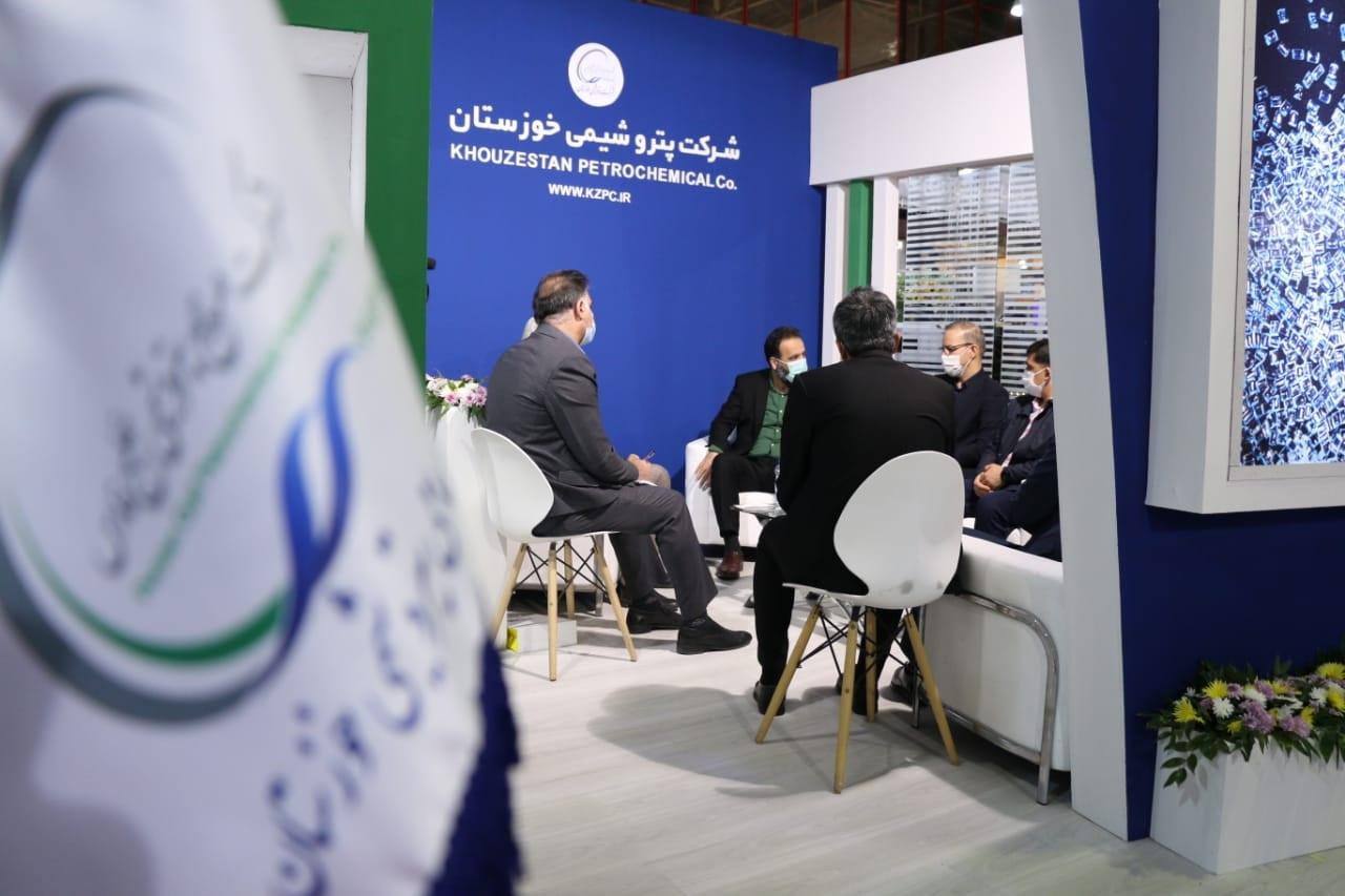 پتروشیمی خوزستان میزبان مصرفکنندگان پلیکربنات در نمایشگاه رنگ و رزین مشهد