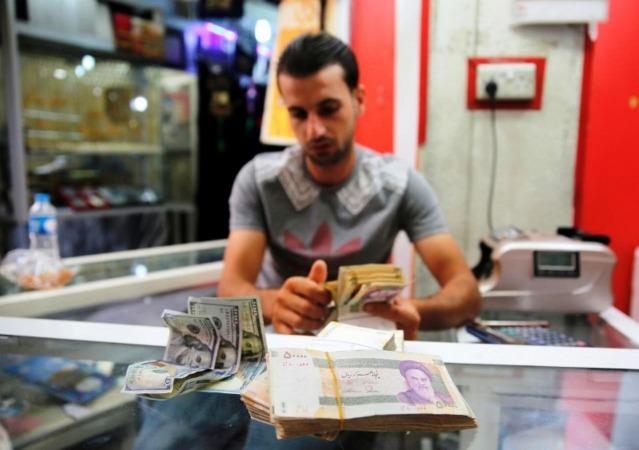 سرگردانی دلار در دوراهی سیاست و اقتصاد